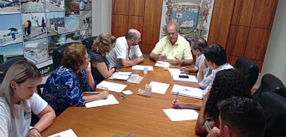 Prefeitura cobra da Sabesp cronograma de obras na Costa Sul