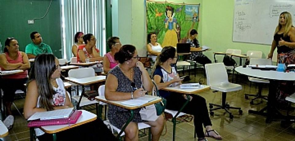 Prefeitura observa frequência escolar no programa Bolsa Família