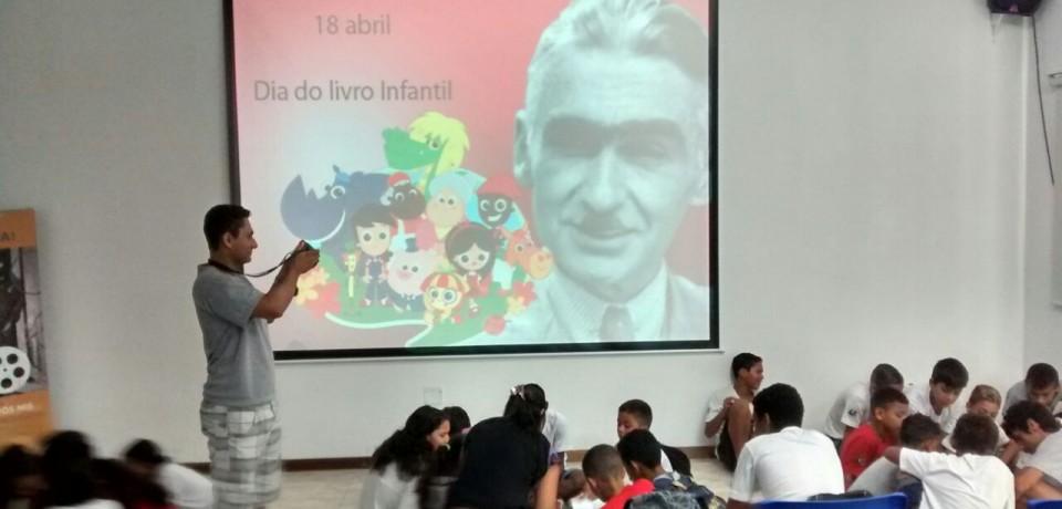 Dia Nacional do Livro Infantil é comemorado em Ilhabela