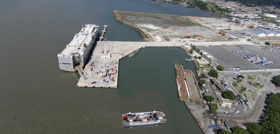 Prefeitura promove reunião para estimular contratação de trabalhadores no setor portuário
