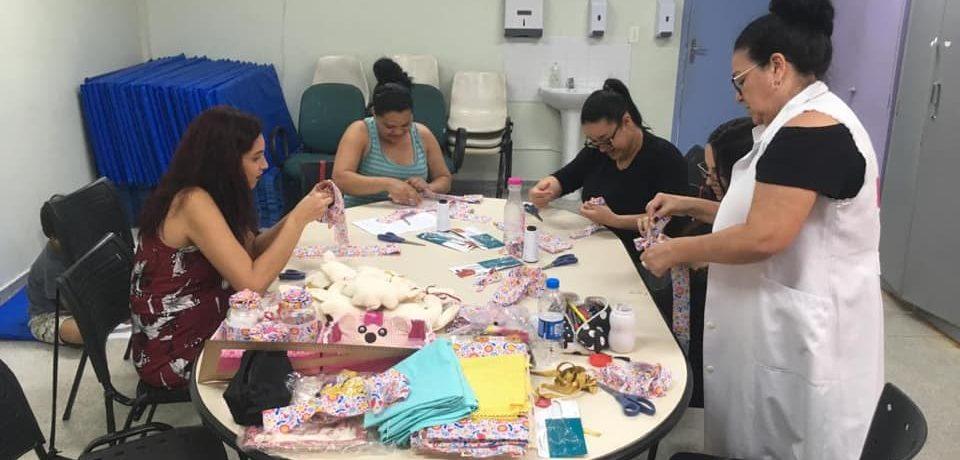 Gestantes tem cursos gratuitos de artesanato nos bairros Topolândia e Boiçucanga