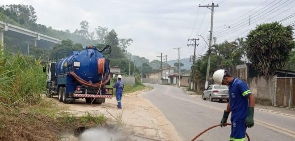 Prefeitura executa limpeza de ruas da Costa Norte